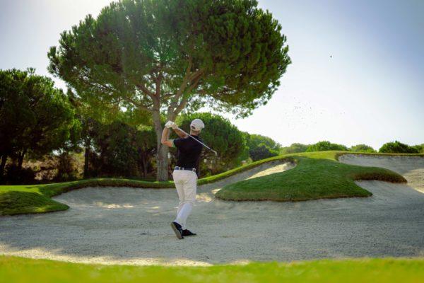 Golfing-47